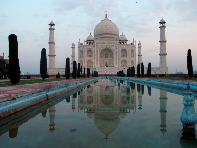 Taj Mahal at dawn - really amazing!