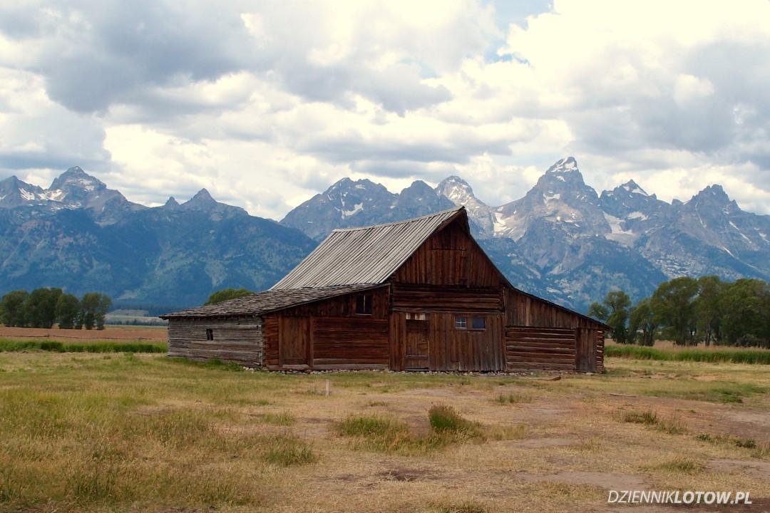 Moulton Barns