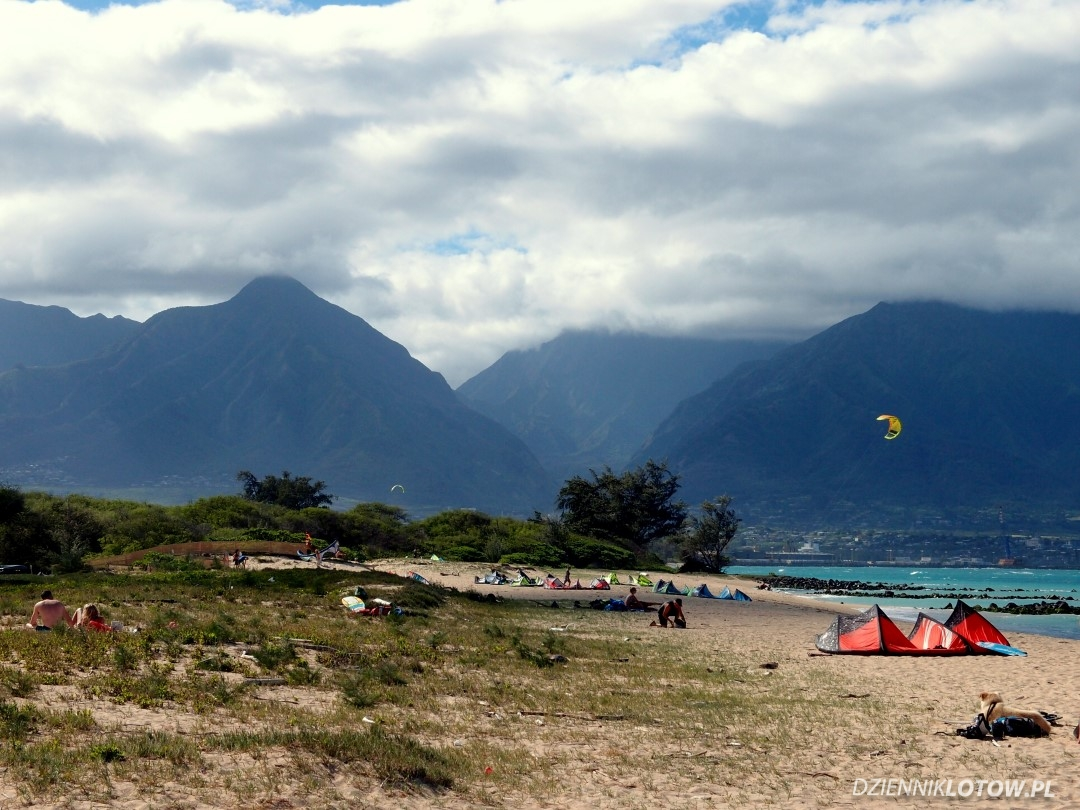 View at the Iao Valley from the Kite Beach